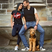Outdoor Paarfoto mit Hund Treppenstrasse Kassel