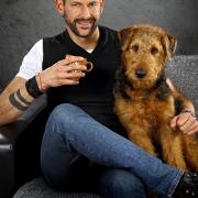 Herrchen mit Hund Fotoshooting Fotograf Kassel